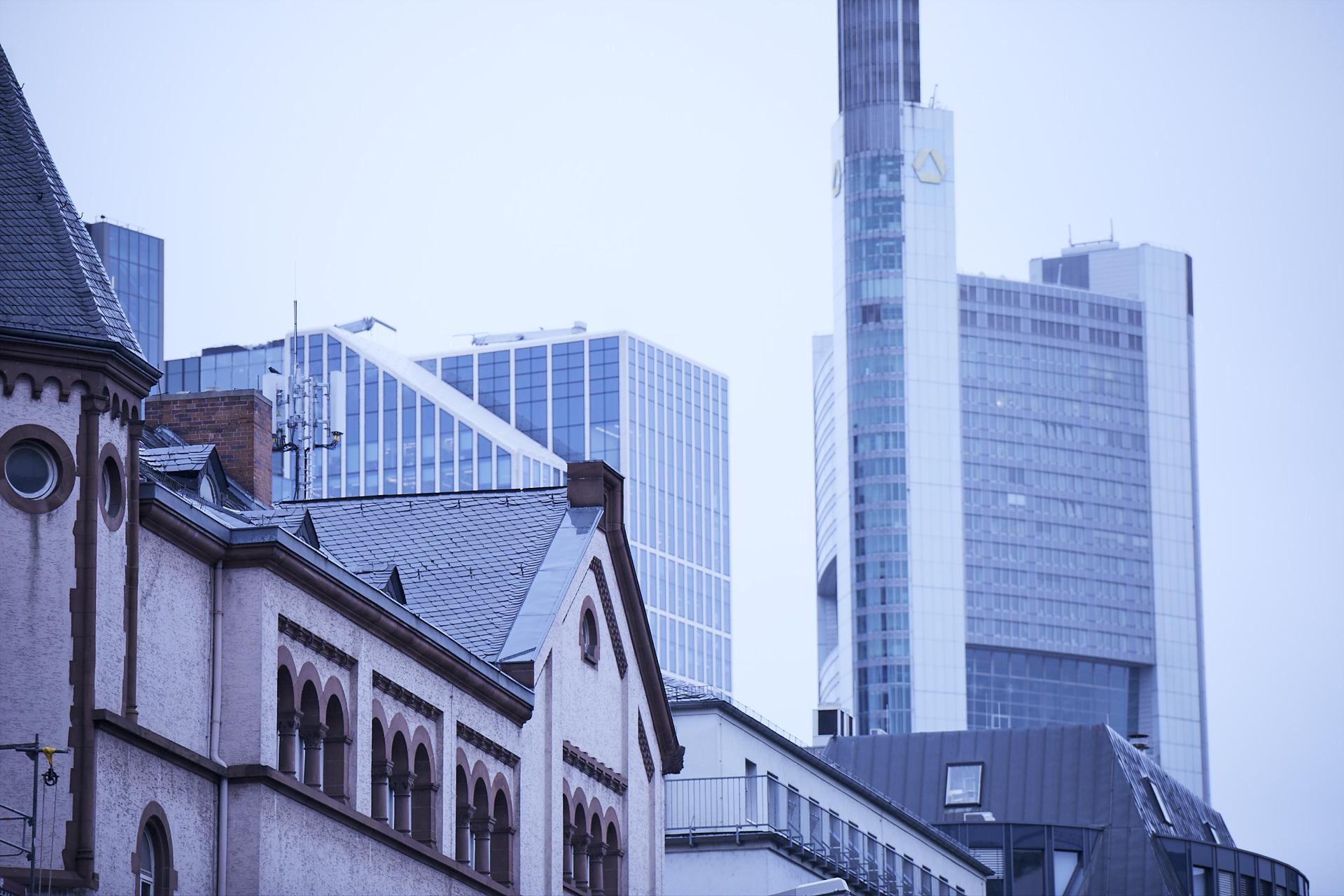 Blick auf das Bankenviertel in Frankfurt