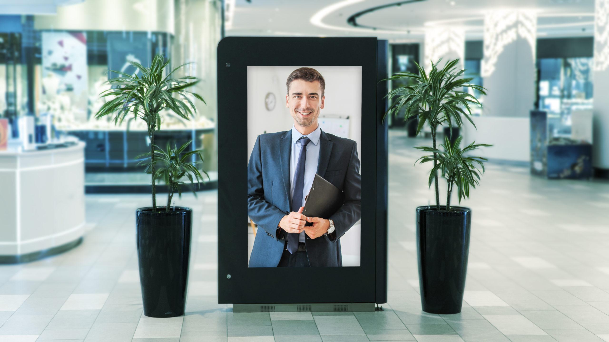 Schild für Werbung Design in einem Einkaufszentrum, welches einen Mann im Anzug zeigt.