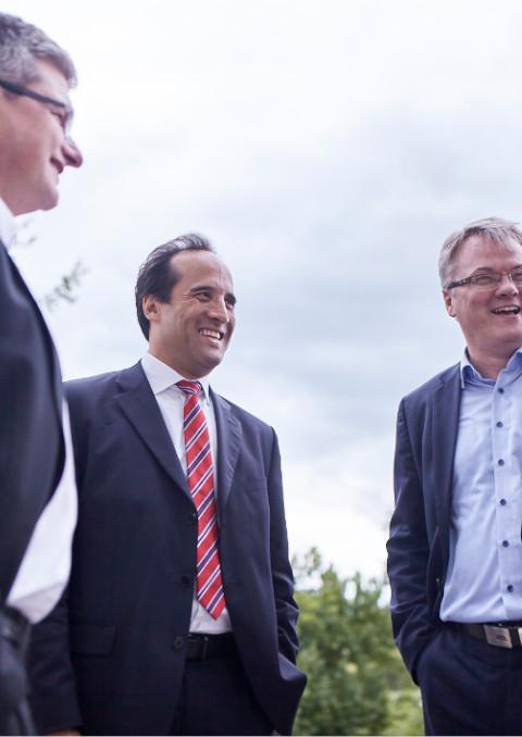 Geschäftsführer von Consileon, Joachim Schü und Mitarbeitern