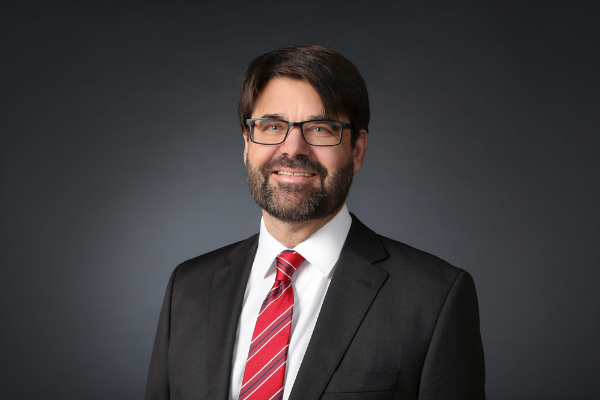 Portrait von Dr. Sebastian Sohr